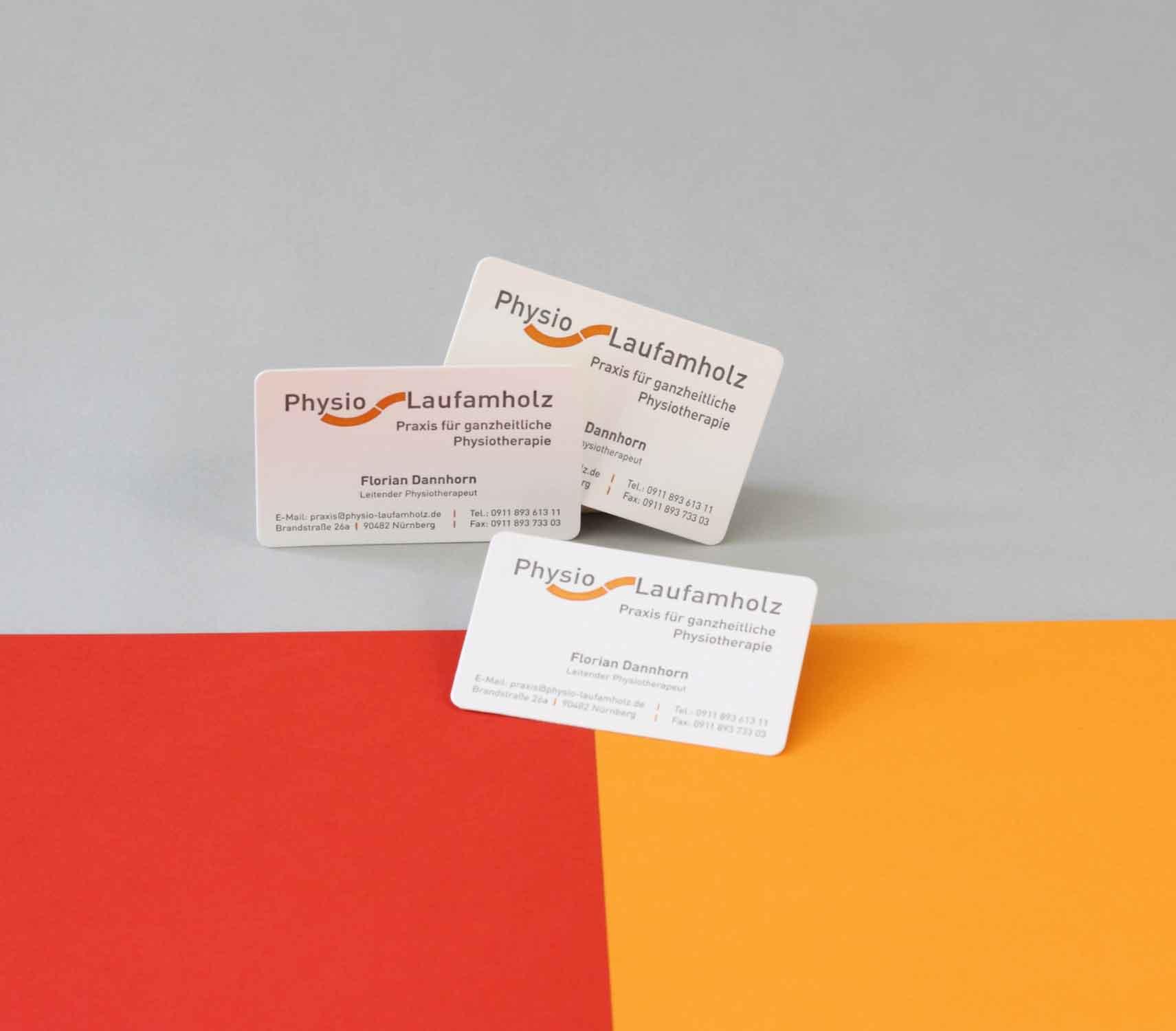 thepert-design-kommunikation-drucksorten-print-visitkarte-corporate-design-logo-pysio-laufamholz